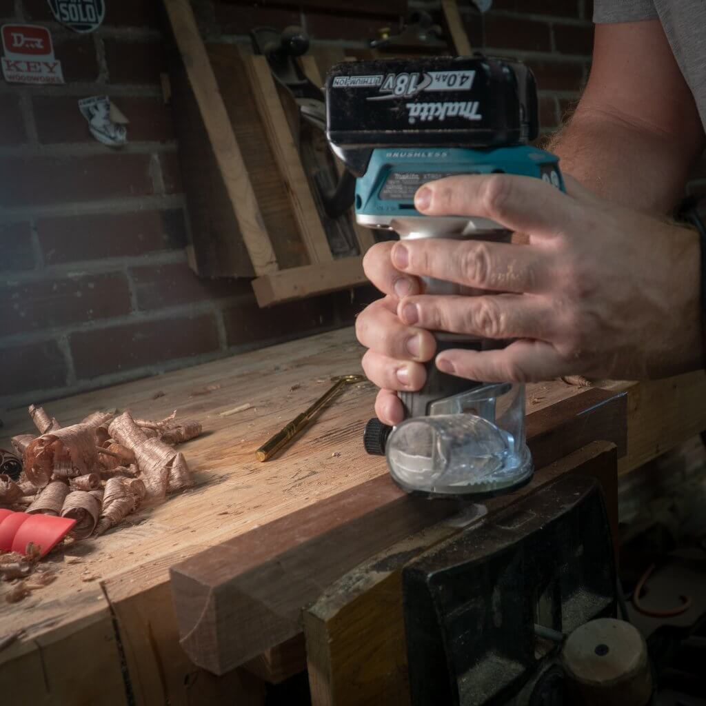 Makita 18-Volt LXT Lithium-Ion Brushless Cordless Variable Speed Compact Router in action
