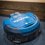 Mak the Vac – My shop's new Best Friend | Makita 36-volt Robotic Vacuum